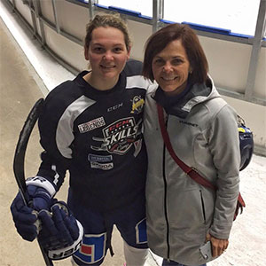 Picture of Jennifer with her mother on her parent's visit to Sweden for the 2015 4 Nations Cup